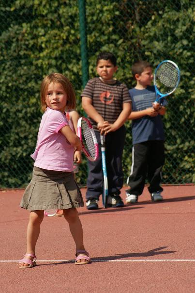 Court de tennis 4 - 6 ans